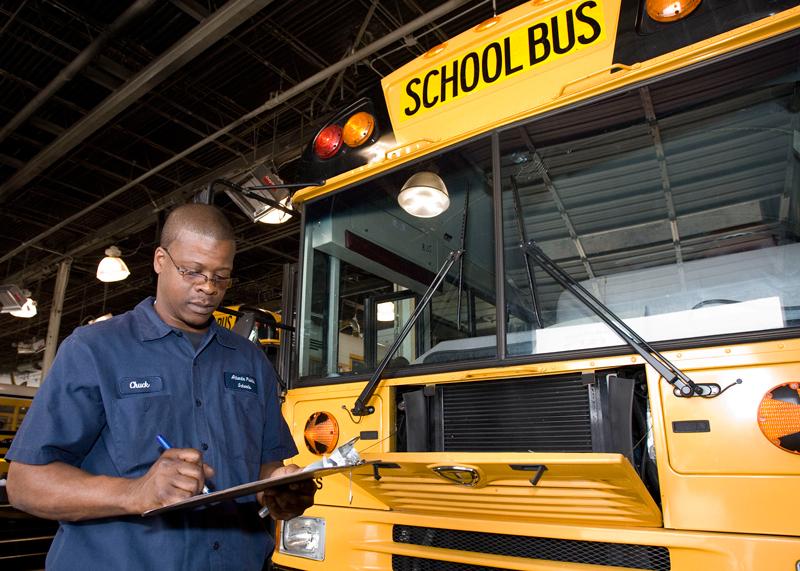 Bus_Hub08-035_800px