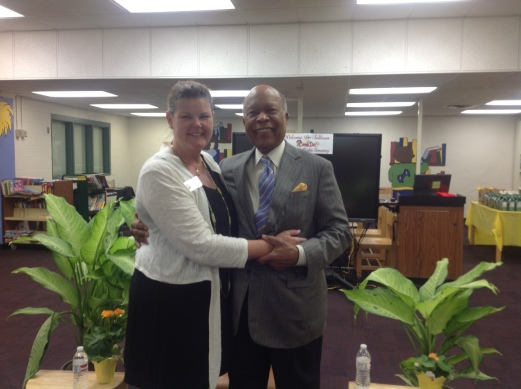 APS Board Member Leslie Grant welcomes Dr. Sullivan to Thomasville Heights
