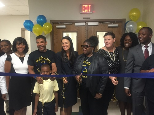 dobbs-ribbon-cutting-2