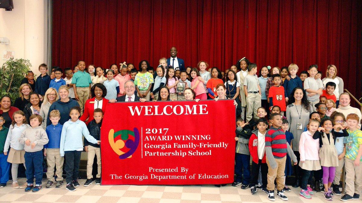 Garden Hills Elementary Receives 2017 Georgia Department Of Education Family Friendly