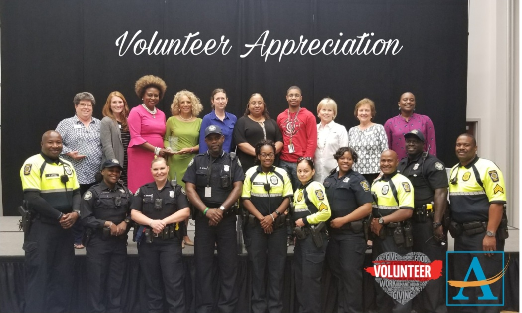 2018 Volunteers - group shot