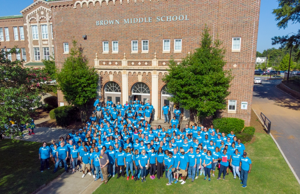 AT&T Volunteers at Brown Middle School